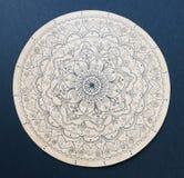 Mandala ornemental de fleur peint à la main Photos libres de droits