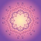 Mandala rosada floral en fondo púrpura Fotos de archivo libres de regalías