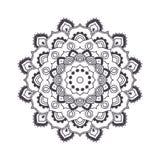 Mandala tiré par la main de fleur pour livre de coloriage Eth noir et blanc Photographie stock libre de droits