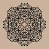 Mandala tiré par la main de zentangle de vecteur - peut être employé comme page de livre de coloriage pour des adultes, carte, in Photo libre de droits