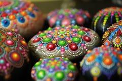Mandalas bonitas da rocha pintadas com uma escova Fotos de Stock Royalty Free