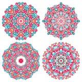 Mandalas coloridas en estilo oriental Sistema de modelos étnicos redondos Ornamentos tradicionales del cordón Fotografía de archivo libre de regalías