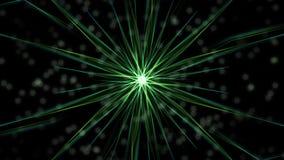Mandalavideo met bokehlichten, van roterende groene stralen op zwarte achtergrond worden samengesteld die