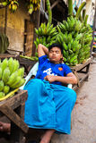 Mandalay - December 3 handelaars in de markt Royalty-vrije Stock Foto