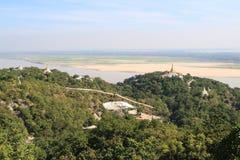 Mandalay kulle i Myanmar arkivfoton