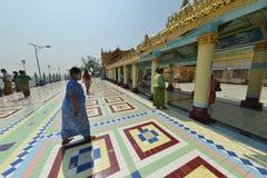 Mandalay logo U Ponya Shin Pagoda imagens de stock