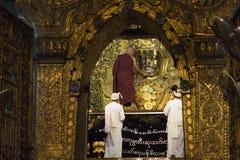 MANDALAY, MYANMAR - MAY 4, 2017: Face washing ceremony of Mahamuni Buddha, Mandalay, Myanmar Stock Image