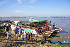 MANDALAY, MYANMAR - November 17, 2015: The Irrawaddy River or Ay Royalty Free Stock Photography