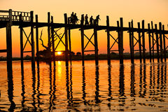 мост mandalay myanmar u bein amarapura Стоковое Фото