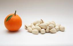 Mandarin och pistascher Royaltyfri Foto