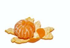 Mandarina y corteza aisladas Foto de archivo