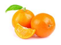 Mandarinas aisladas en blanco Imagen de archivo