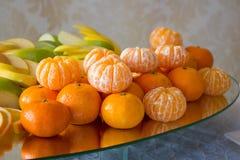 Mandarinas en un bol de vidrio Fotografía de archivo