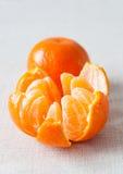 Mandarine enlevée Photographie stock