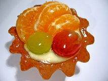 Mandarine et raisin de gâteau Image stock