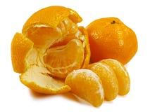 Mandarine, mandarine épluchée, d'isolement sur le fond blanc Images libres de droits