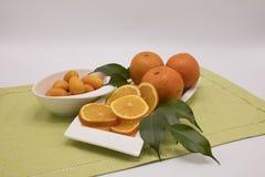 Mandariner på tabellen Royaltyfri Fotografi