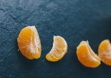Mandariner på tabellen Arkivbilder