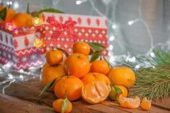 Mandarines dans le temps de Noël photographie stock libre de droits
