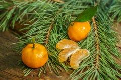 Mandarines dans le temps de Noël image stock