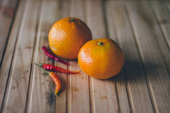 Mandarines et poivrons frais Photo libre de droits