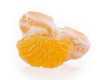 Mandarines oranges fraîches d'isolement sur un fond blanc Image libre de droits