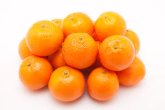 Mandarines på vit bakgrund Royaltyfri Foto
