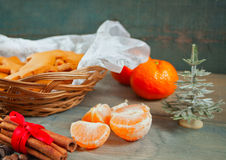 Mandarines sur la table Photo stock