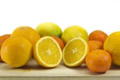 Mandarini dei mandarini delle arance isolati Fotografie Stock