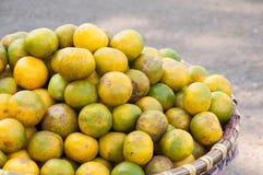 Mandarino nel mercato di strada nel Vietnam Fotografia Stock