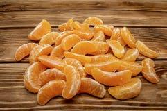 Mandaryn pomarańcze kliny zamykają w górę zimy owocowej witaminy c obrazy royalty free
