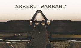 Mandato di arresto su tipo d'annata scrittore dal 1920 s Immagine Stock Libera da Diritti