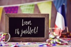 Mande un SMS al juillet del bon 14, 14 de julio feliz en francés Foto de archivo libre de regalías