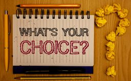 Mande un SMS a la demostración de la muestra qué S su pregunta bien escogida La decisión conceptual de la opción de la foto prefi Imagenes de archivo