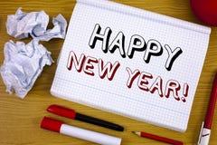 Mande un SMS a la muestra que muestra llamada de motivación de la Feliz Año Nuevo Saludo conceptual de la foto que celebra nuevo  Imagenes de archivo