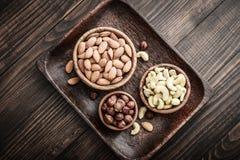 Mandeln, Acajoubaum und Haselnüsse Stockfoto