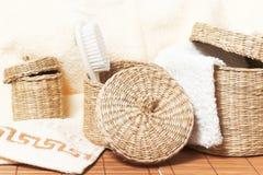 Manden met badtoebehoren Stock Fotografie