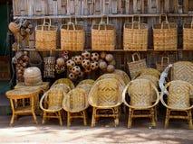 Mandenmakerijwinkel in Bagan Stock Foto's
