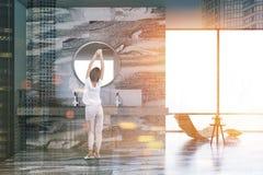 Mandi in aria l'interno di lusso verde del bagno, sfuocatura del manifesto Immagini Stock Libere da Diritti