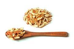 Mandorla sul cucchiaio di legno Immagini Stock
