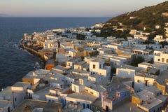 Mandraki镇看法,在尼西罗斯岛海岛,十二群岛,希腊 免版税库存照片
