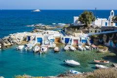 Mandrakia traditionell grekisk by med sirmate Arkivbilder