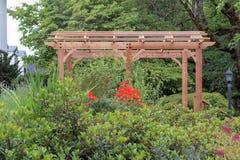 Mandril de madeira em ajardinar do jardim da casa Imagens de Stock
