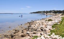 Mandurah海滩:家庭乐趣 图库摄影