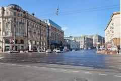 从Manege广场的Tverskaya街道在莫斯科 图库摄影