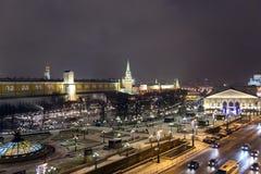 Manege救主的基督广场和寺庙夜全景  图库摄影