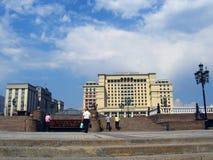 Manege fyrkant och MoskvaKreml Royaltyfri Foto