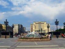 Manege fyrkant och MoskvaKreml Royaltyfri Bild