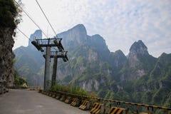 A maneira de ir à montanha da porta do céu em Zhangjiajie Foto de Stock Royalty Free