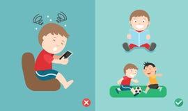 A maneira errada e direita para crianças para de usar o smartphone ilustração royalty free